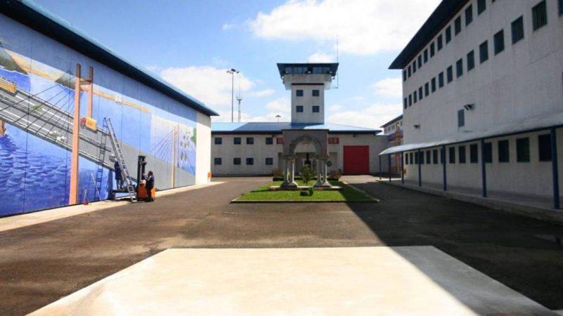 Hannibal Lecter muere en la cárcel – España sin peligro