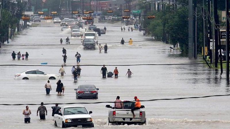 Texas entra en estado de emergencia por el huracán hanna
